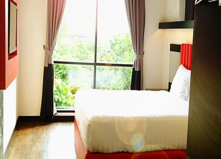 Tune Hotel Yogyakarta - Double Bedroom - with Breakfast Regular Plan