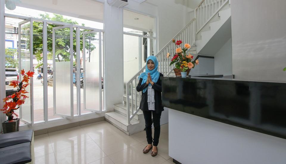 Golden Snail Guest House Balikpapan - Lobby