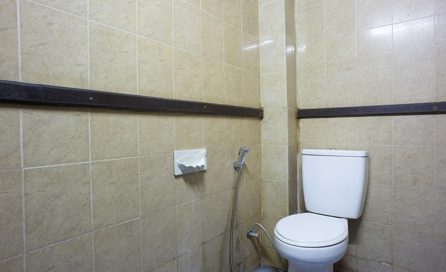 RedDoorz @Cilandak Timur Jakarta - Kamar mandi