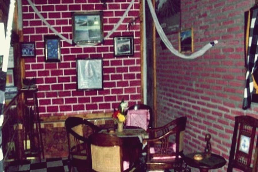 Yoschi's Hotel Probolinggo - Interior