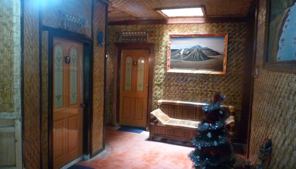 Yoschi's Hotel Probolinggo - Ekonomi Room #WIDIH - Pegipegi Promotion