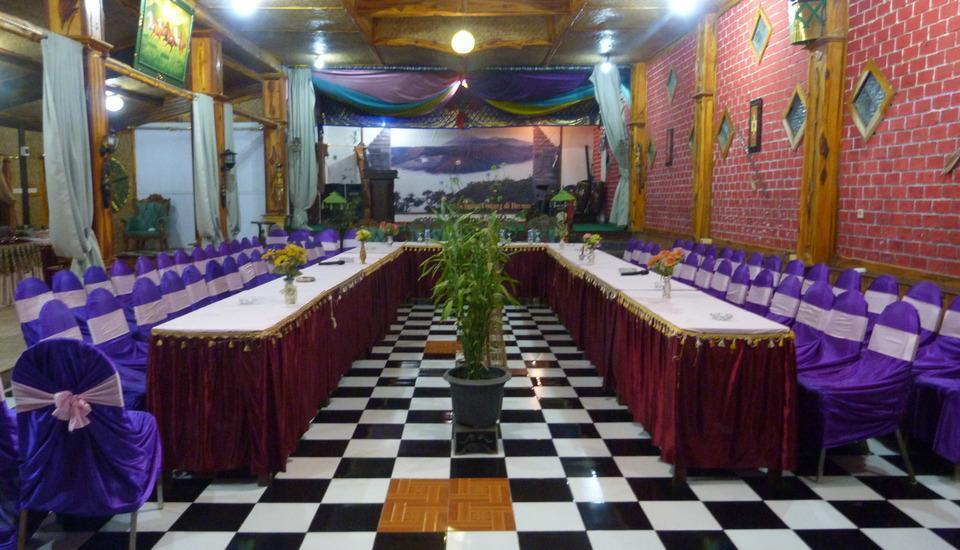 Yoschi's Hotel Probolinggo - meeting room