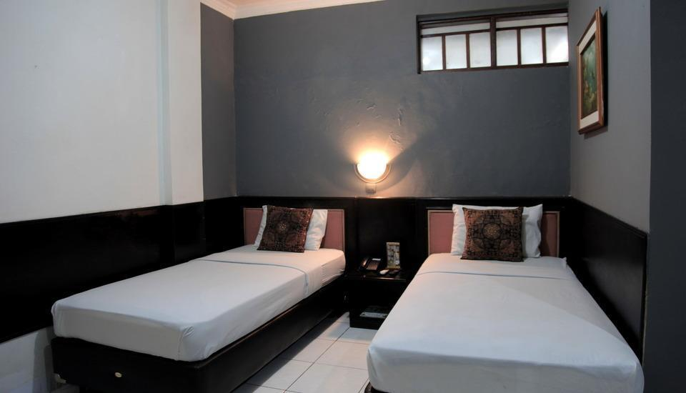 Hotel Cihampelas 3 Bandung - Deluxe Room Only Regular Plan