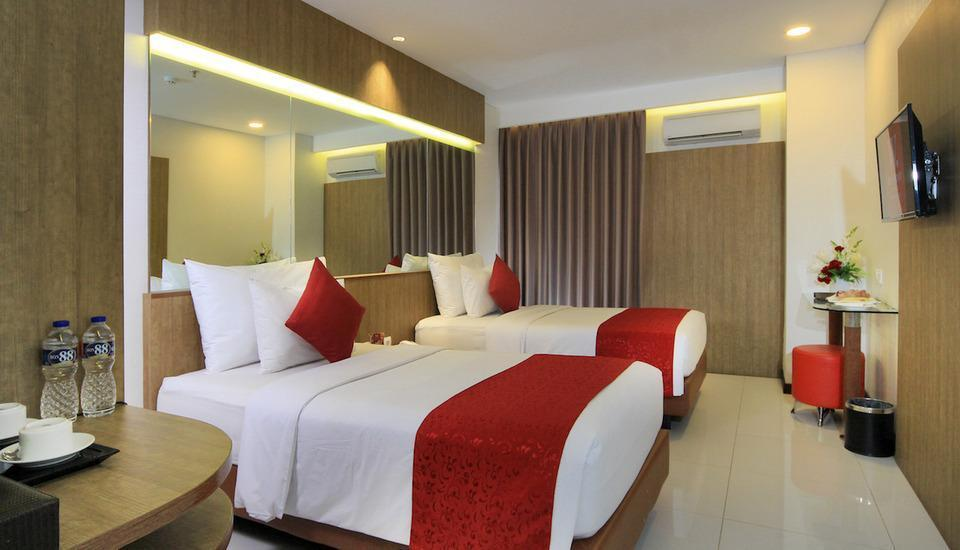 West Point Hotel Bandung - Superior Twin Regular Plan