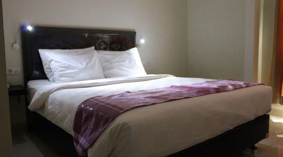 Atlantic Hotel Ambon Ambon - Super Deluxe Room With Breakfast Regular Plan