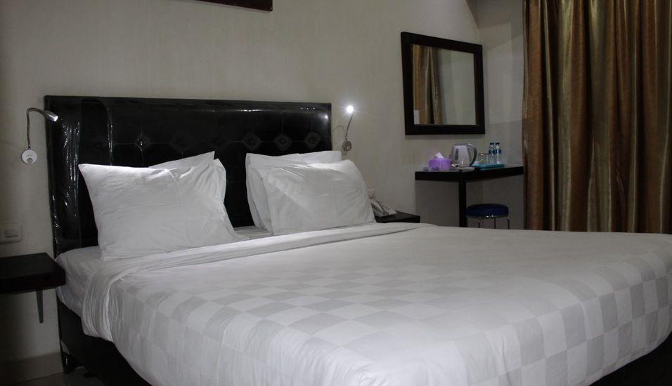 Atlantic Hotel Ambon Ambon - Standard Room With Breakfast Regular Plan