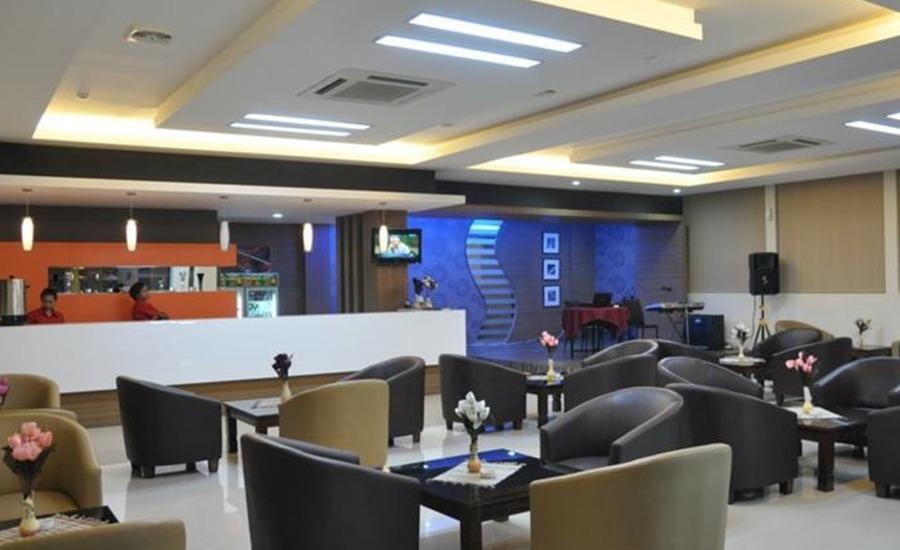 Regina Hotel Pemalang - Lounge
