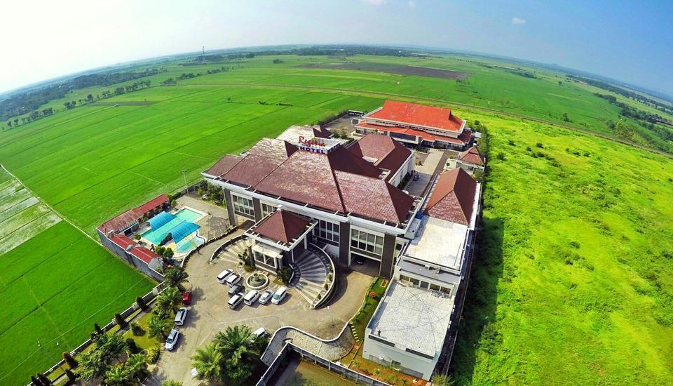 Regina Hotel Pemalang - Gedung from Drone