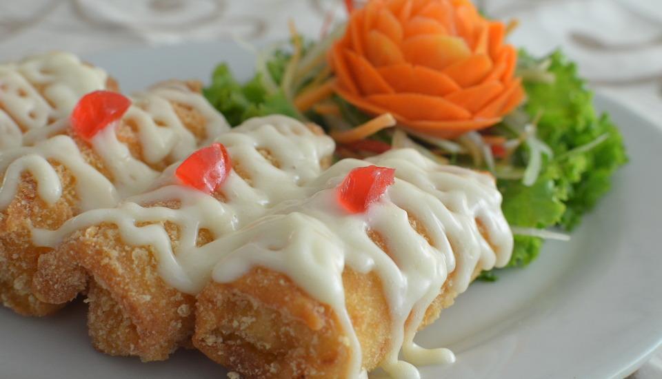 Regina Hotel Pemalang - Lumpia Seafood Mayonaise