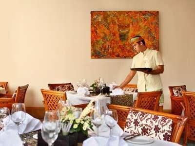 Nusa Dua Beach Hotel Bali - Restoran