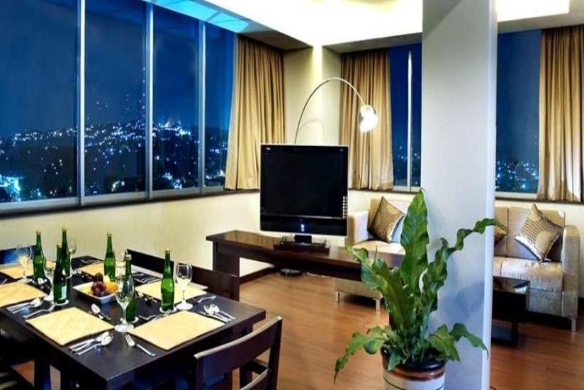 Grand Candi Hotel Semarang - Ruang tamu