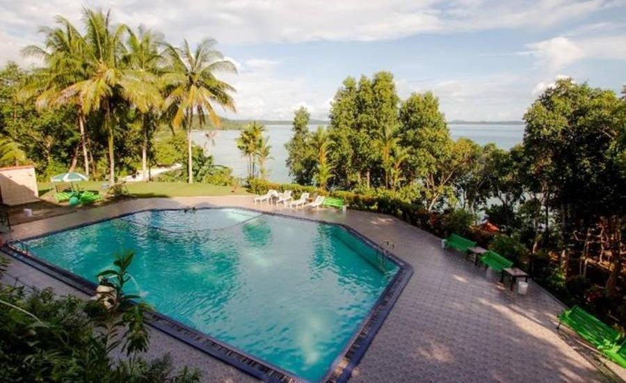 Bukit Berahu Resort Belitung - Kolam Renang