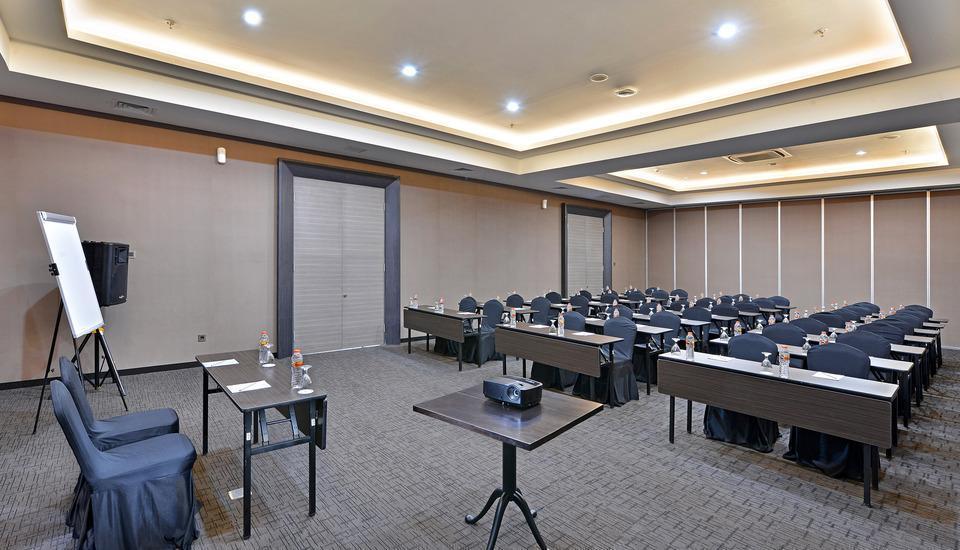 Whiz Prime Hotel Malioboro Yogyakarta - Booking Murah ...