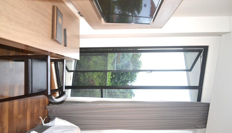 Rivoli Hotel Jakarta - Balcony Room
