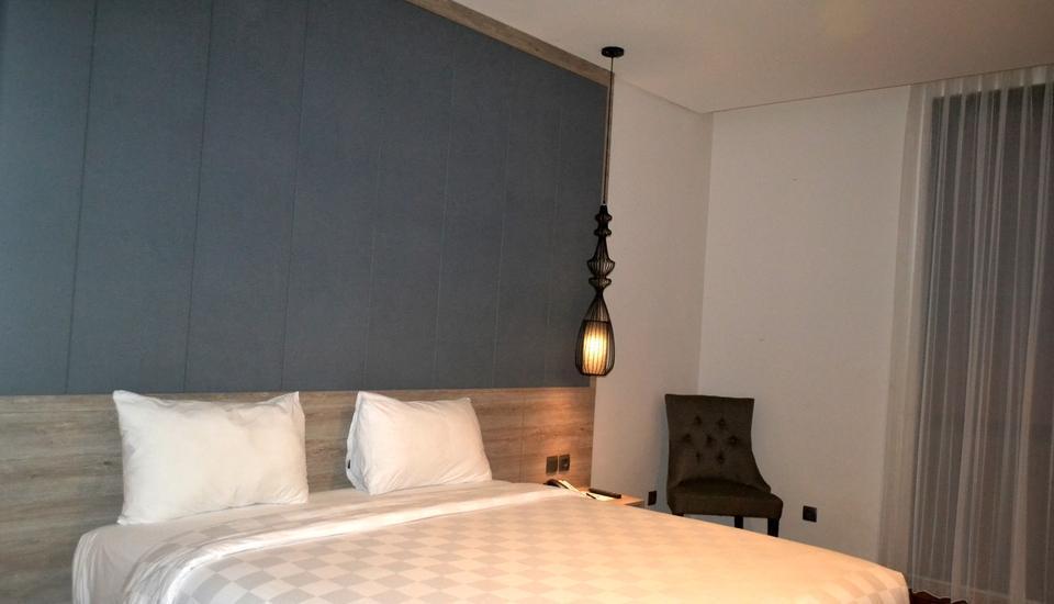 Rivoli Hotel Jakarta - Junior Suite Room Regular Plan