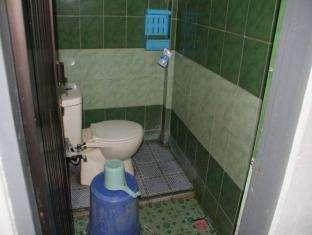 Hotel Fortuna Pare Pare - Kamar mandi