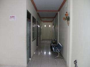 Hotel Fortuna Pare Pare - Koridor