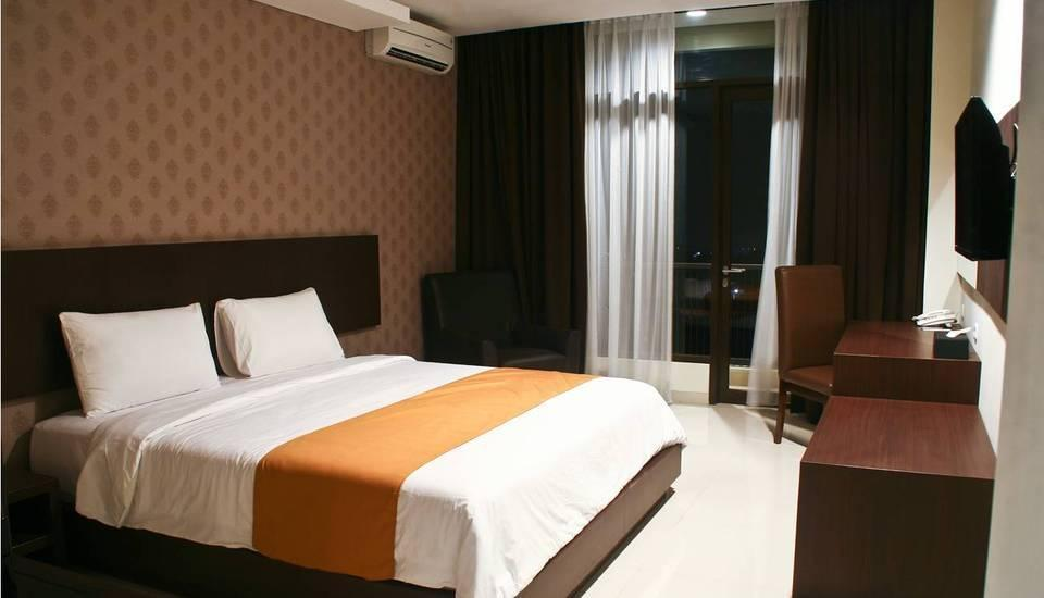 Balcony Hotel Sukabumi - Deluxe Mountain Room Regular Plan