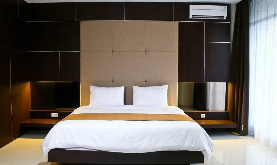 Balcony Hotel Sukabumi - Deluxe City Room Regular Plan