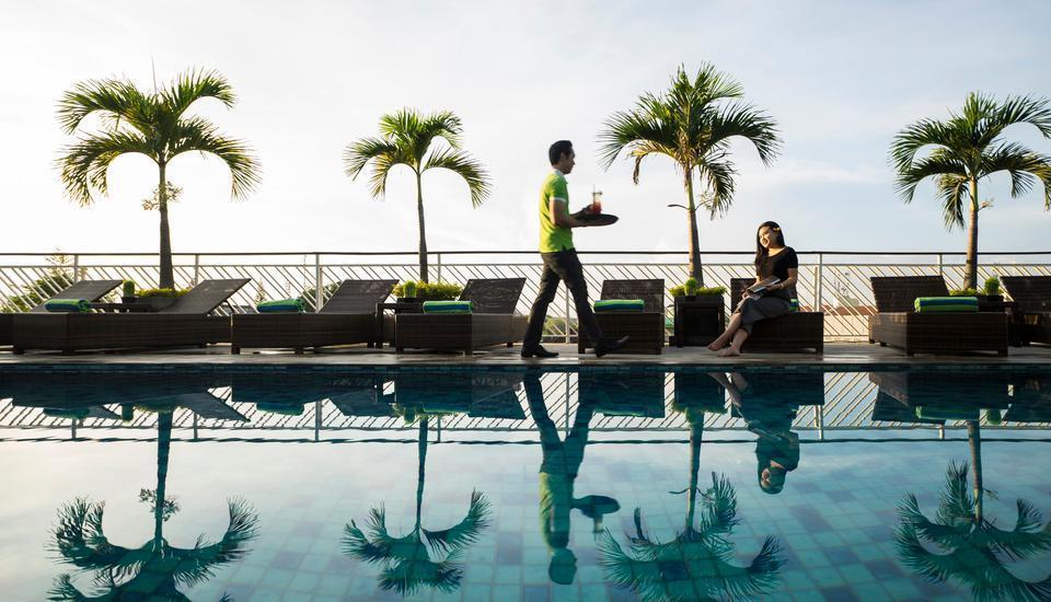Prime Biz Kuta - Sky Pool