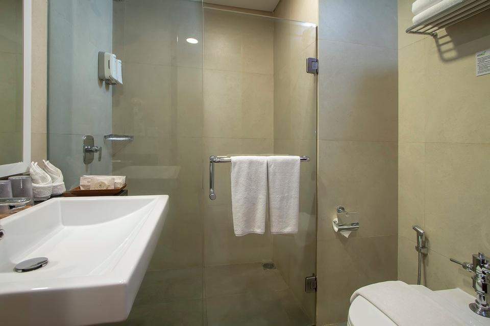 Prime Biz Kuta - Bathroom Suite