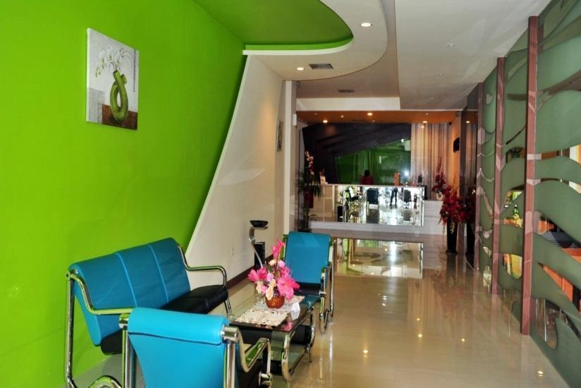 Hotel Jolin Makassar - lobi