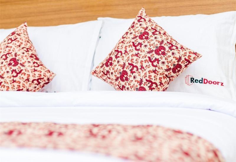 RedDoorz @Subak Sari Seminyak Bali - Kamar tamu