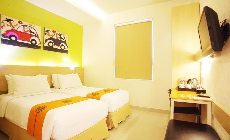 Avira Hotel Makassar Panakkukang - Deluxe Twin