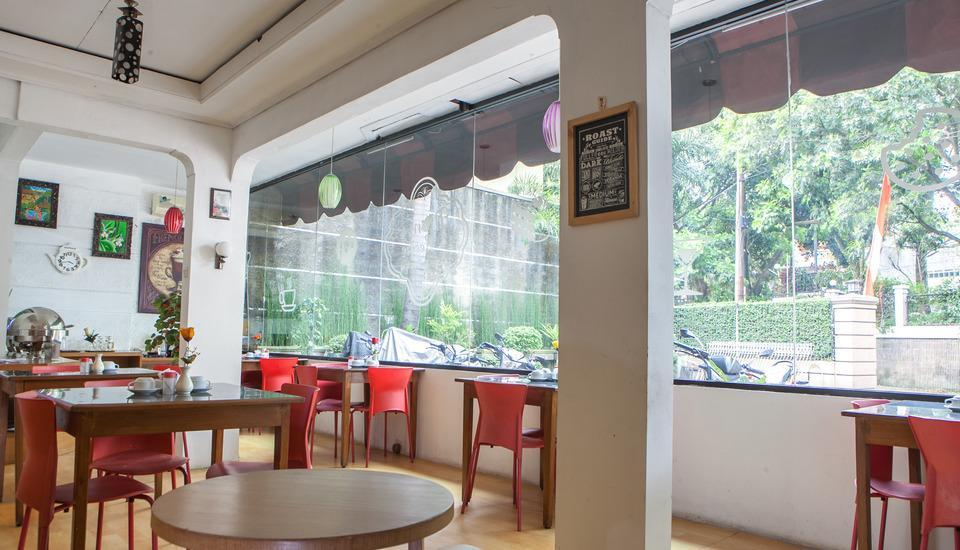 RedDoorz near Hyperpoint Pasteur 2 Bandung - Interior