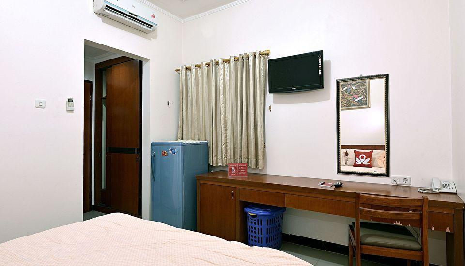 ZEN Rooms Near Ambassador Mall Jakarta - Kamar Double