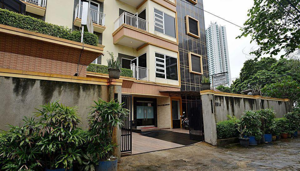 ZEN Rooms Near Ambassador Mall Jakarta - eksterior