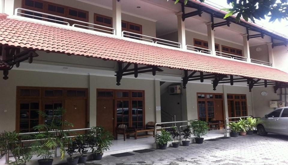 Hotel Syariah Arini Solo - Exterior