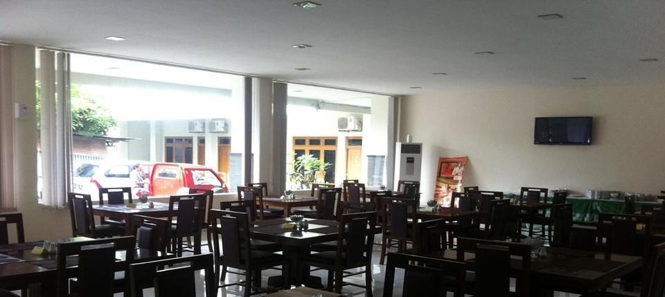 Hotel Syariah Arini Solo - Restaurant