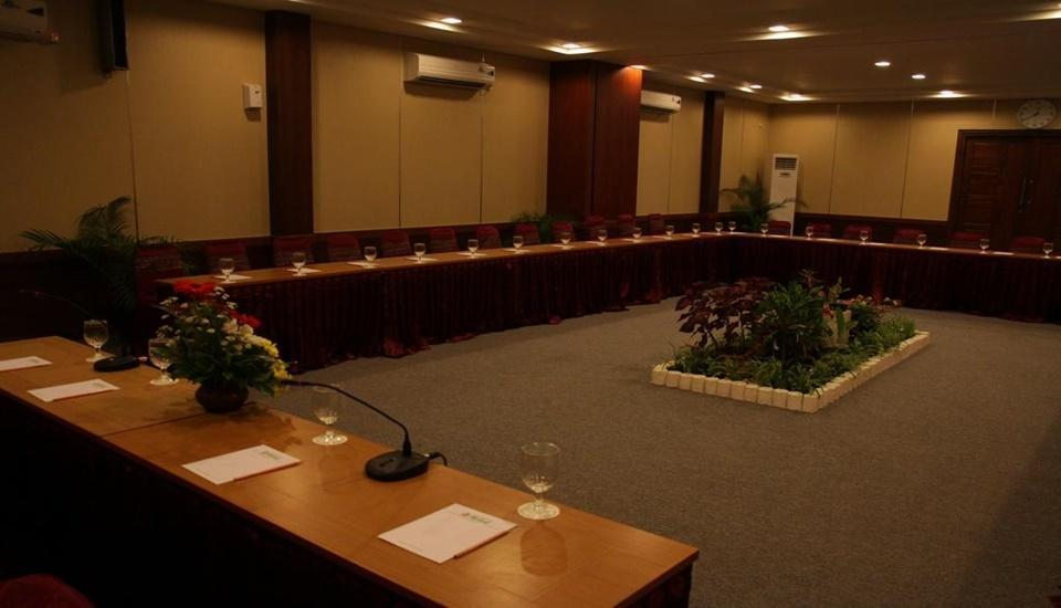 Hotel Syariah Arini Solo - Meeting Room