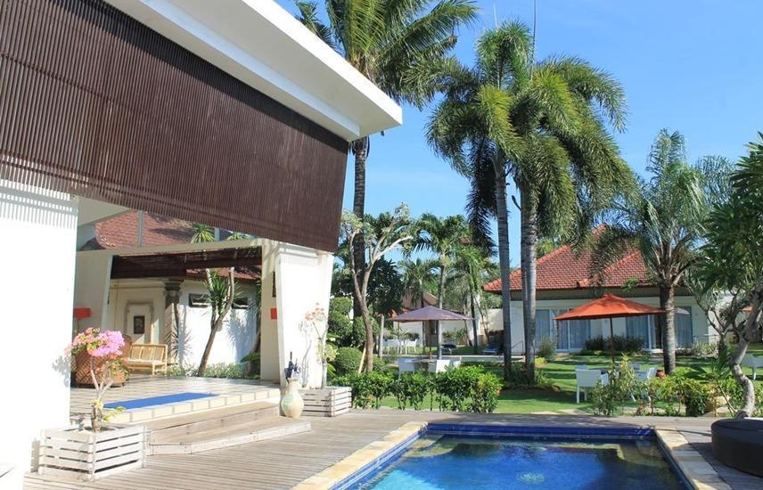 Hotel Bali Breezz Bali - Kolam Renang