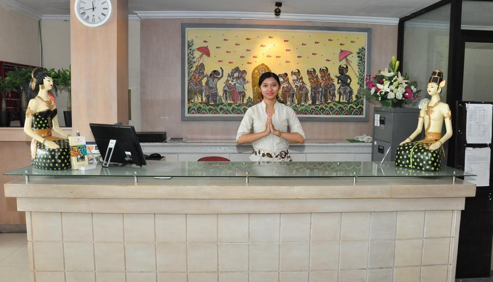 Hotel Puri Saron Denpasar Bali - Front Office