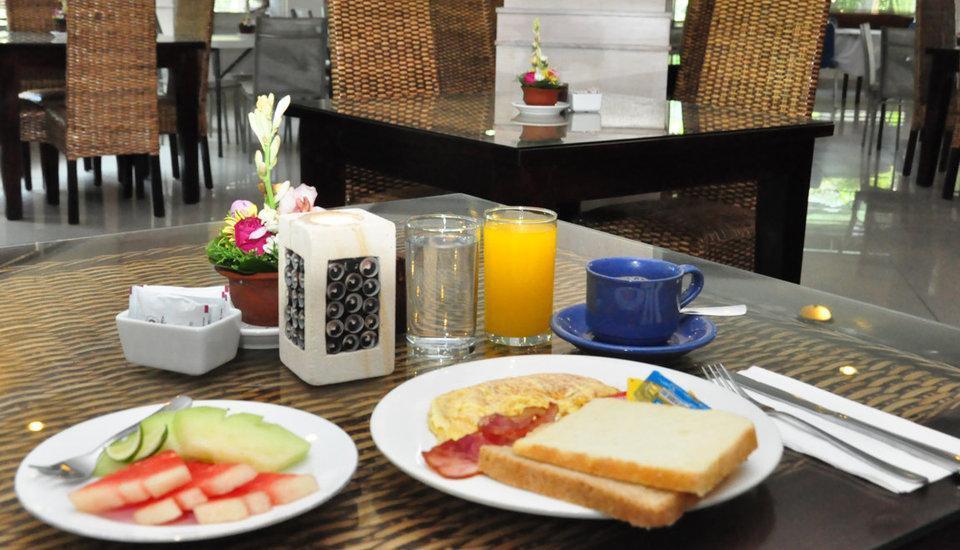 Hotel Puri Saron Denpasar Bali - Menu