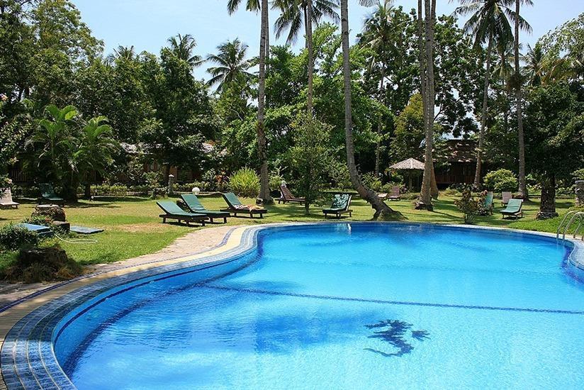 Mapia Resort Manado - Kolam Renang