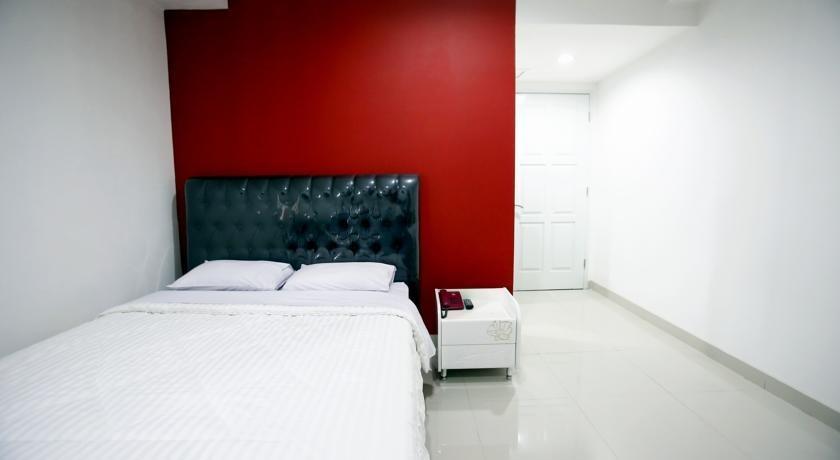 RedDoorz @Guntur Raya Setiabudi 1 Jakarta - Reddoorz Room Special Promo Gajian!