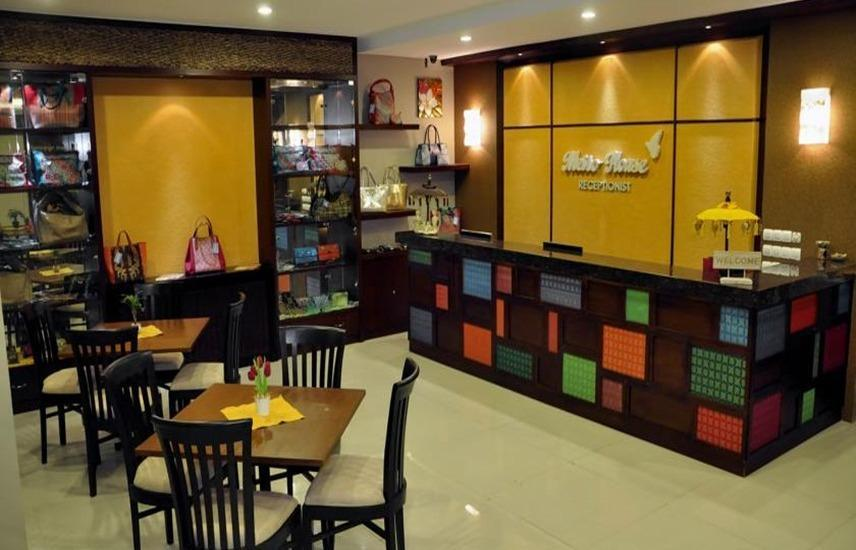 Metro House Surabaya - Lobi