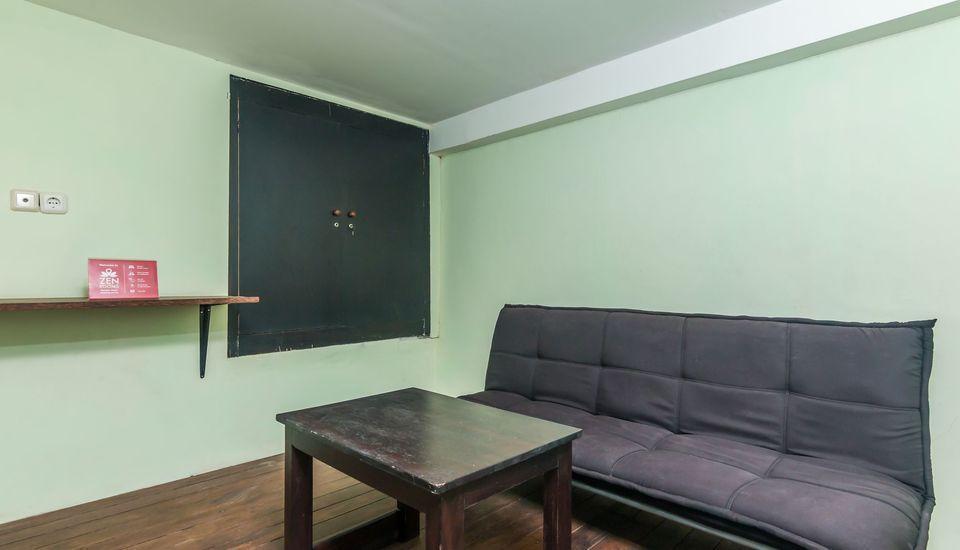 ZenRooms West Gatot Subroto Denpasar - Lounge