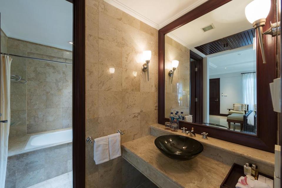 Nirwana Villa Estate Bali - Bathroom