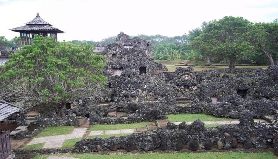 Amaris Cirebon - Surround