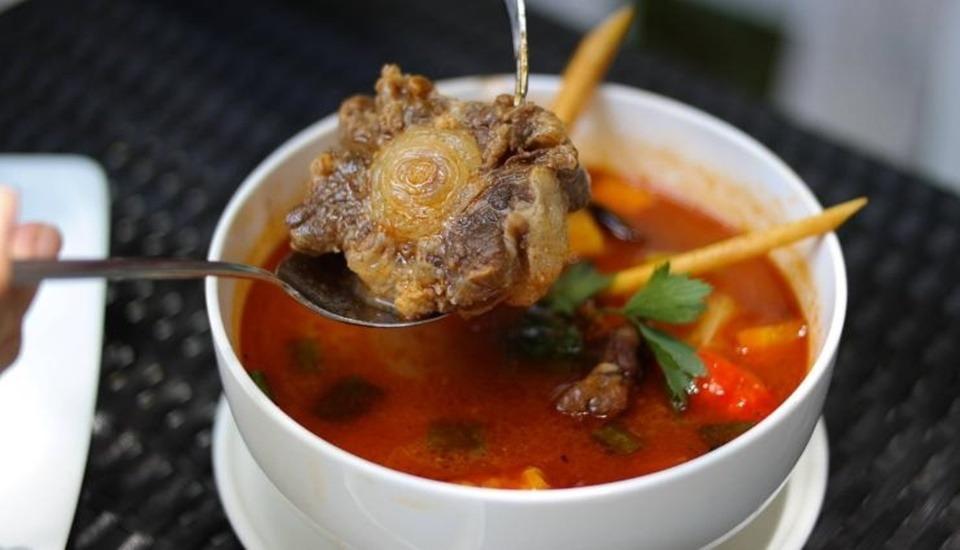 Amaris Cirebon - Meal