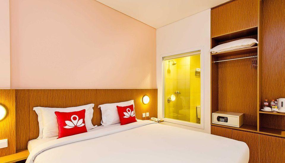 ZEN Premium Pancoran Jakarta - Ranjang Ganda