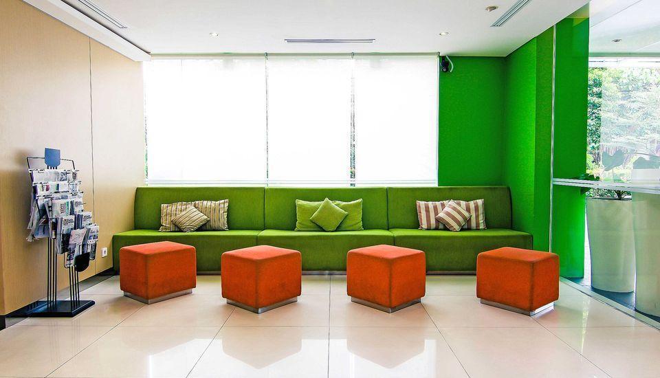 ZEN Premium Pancoran Jakarta - Interior Hotel