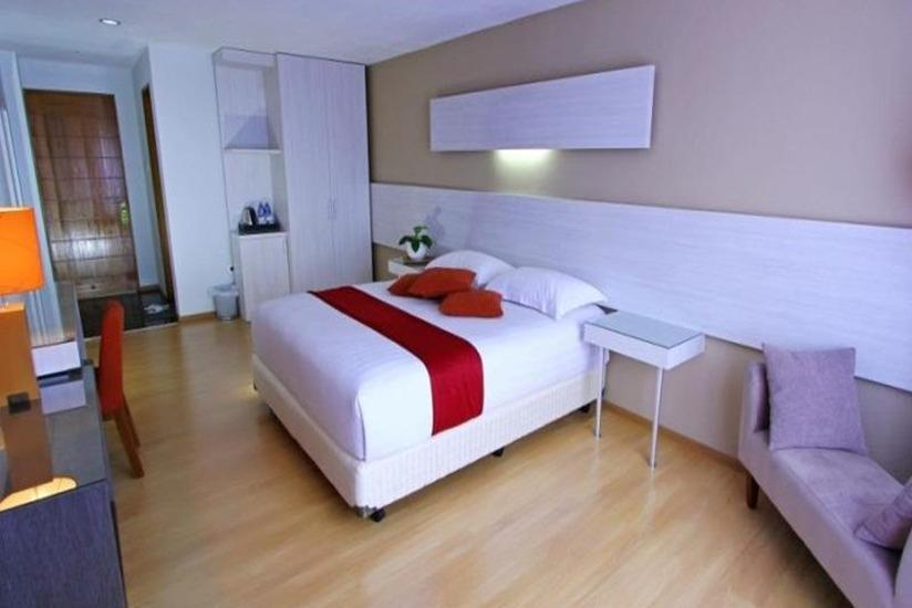 Accordia Dago Hotel Bandung - Superior Room With Breakfast Regular Plan