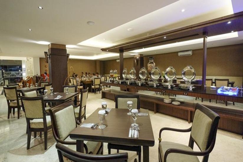 LYNN Hotel Yogyakarta - Restoran