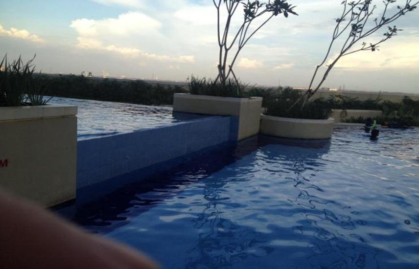 Apartment Bassura City By LIN PRO Jakarta - Pool