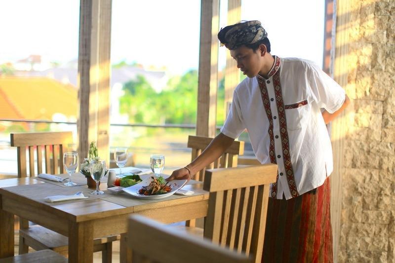 The Adma Umalas Resort Bali - Perjamuan